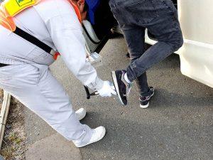 靴裏の放射線量を計測